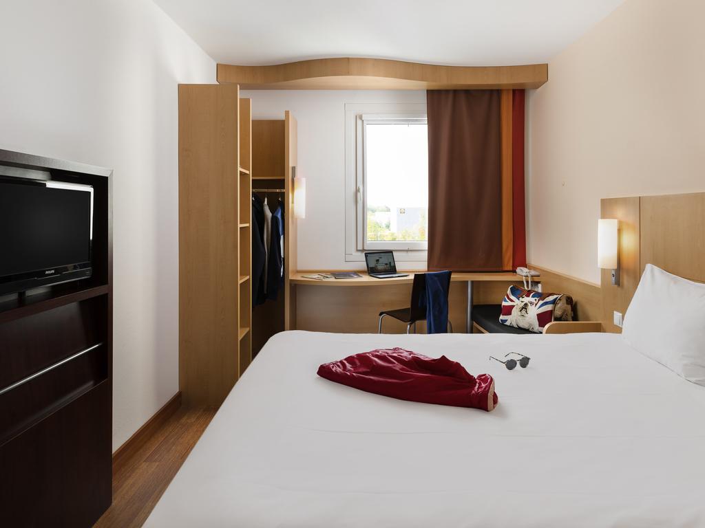 Ibis Hotel Pilzen szobája