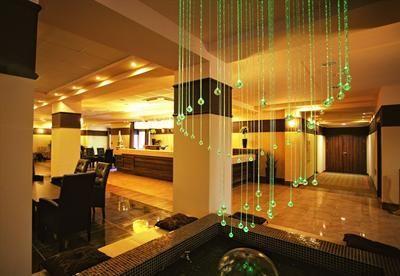 Wellness & Krakkó: Hotel Dosłońce**** Conference & SPA 4nap/3 éj 2 fő részére reggelivel