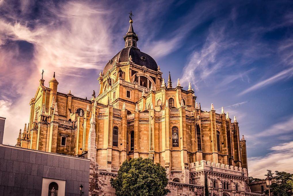 4 nap/3 éj 2 fő részére reggelivel Madrid belvárosában: Hotel Victoria 4 ***