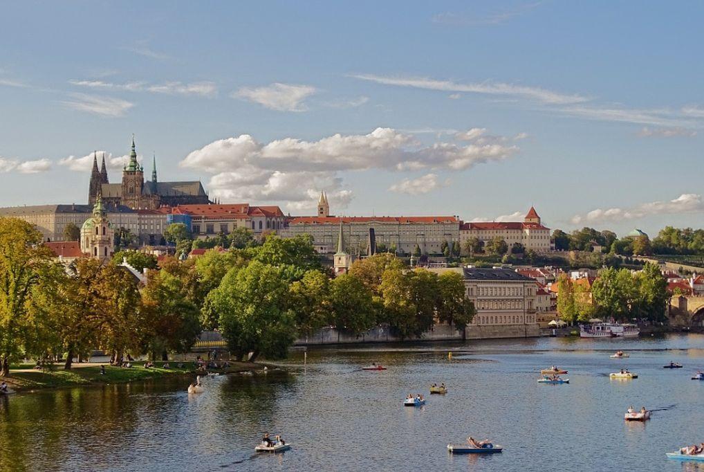3 nap/ 2 éjszaka 2 fő részére Prágában reggelivel: Hotel AIDA ****