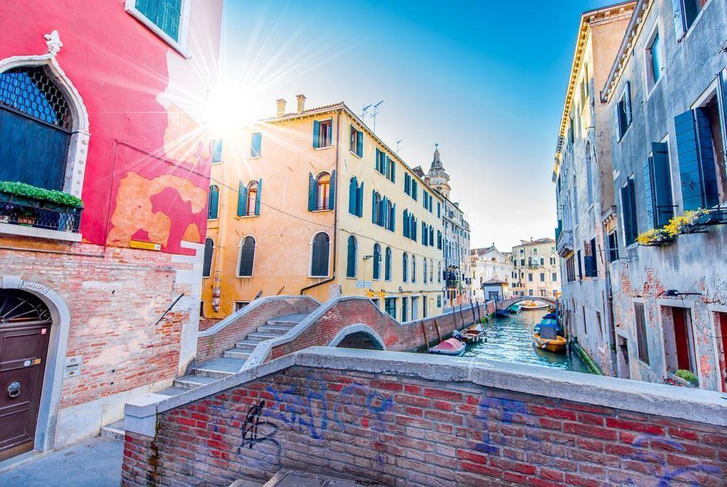 3 nap 2 éjszaka 2 fő részére reggelivel Velence közelében - Relais Alcova del Doge 3*** Superior
