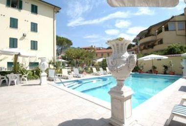 4 nap / 3 éjszaka 2 fő részére félpanzióval Montecatini Terme-ben - Hotel Villa Rita