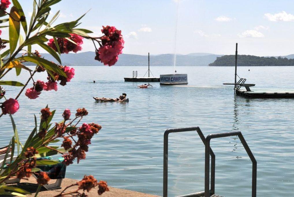 8 nap/7 éjszaka Trasimeno-tó partján, Olaszországban, 6 fő részére, mobilházban - Camping Village Punta Navaccia