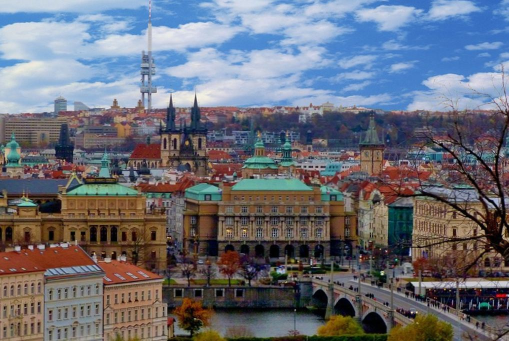 3 nap/2 éjszaka Prágában 2 fő és 2 gyermek részére reggelivel - A&O Hotels Prague