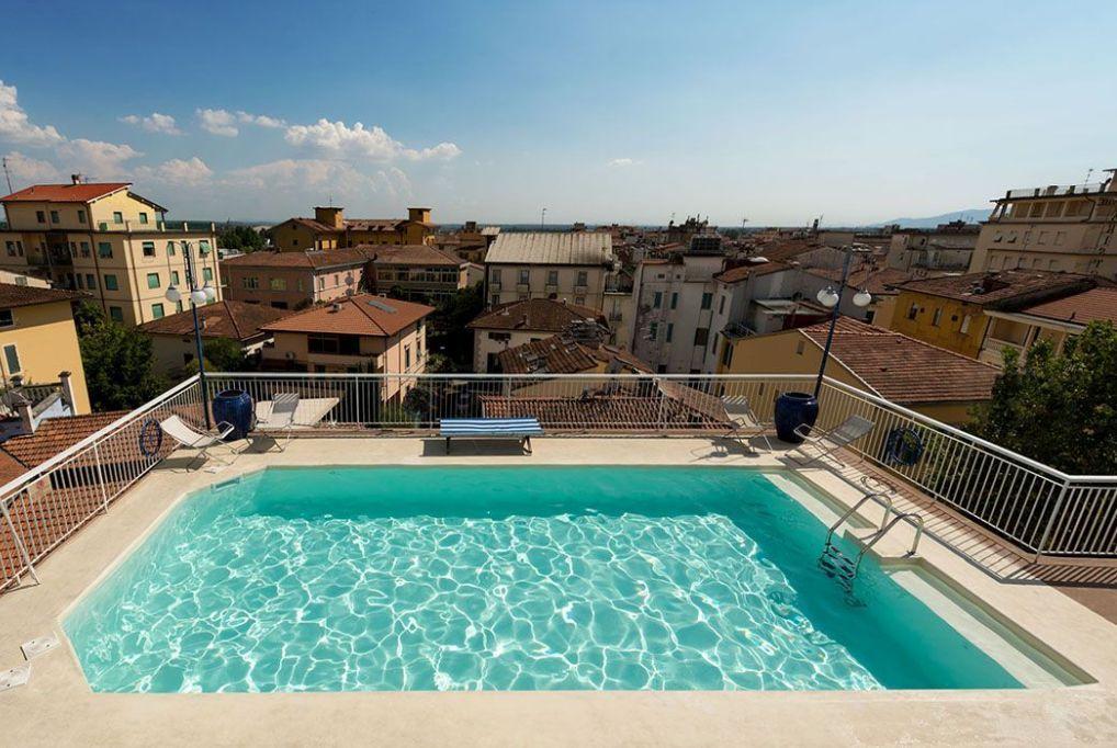 6 nap/5 éjszaka Montecatini Termében 2 fő részére, félpanzióval és medence használattal - Hotel Corallo