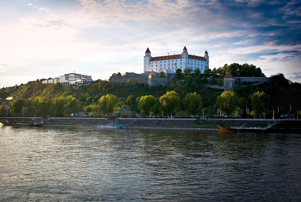 3 nap / 2 éjszaka Pozsonyban 2 fő részére reggelivel, szauna és medence használattal - Hotel Barónka