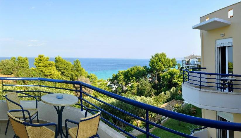 7 éjszaka pihenés Görögországban, a Halkidiki félszigeten reggelivel vagy félpanzióval - Hotel Adonis